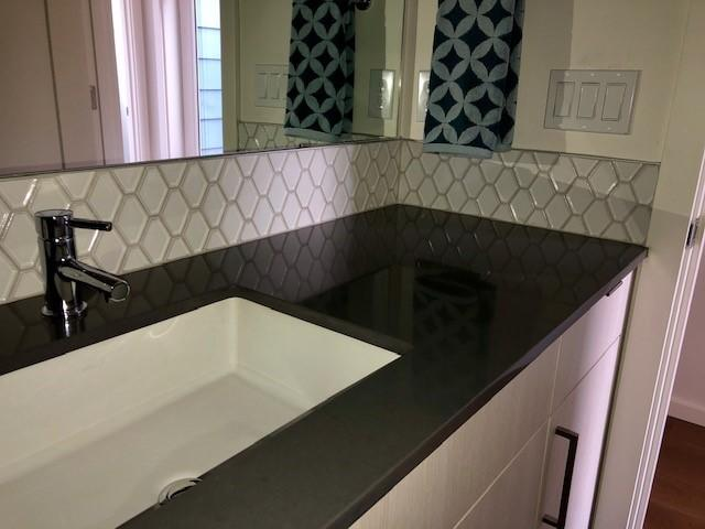 Nouveau backsplash